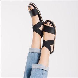 Sorel Ella Black Sandal size 8